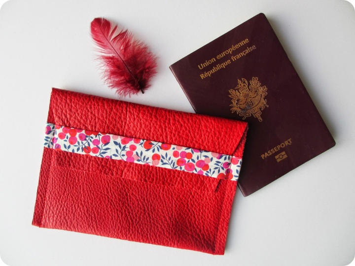 pochette-passeport-01